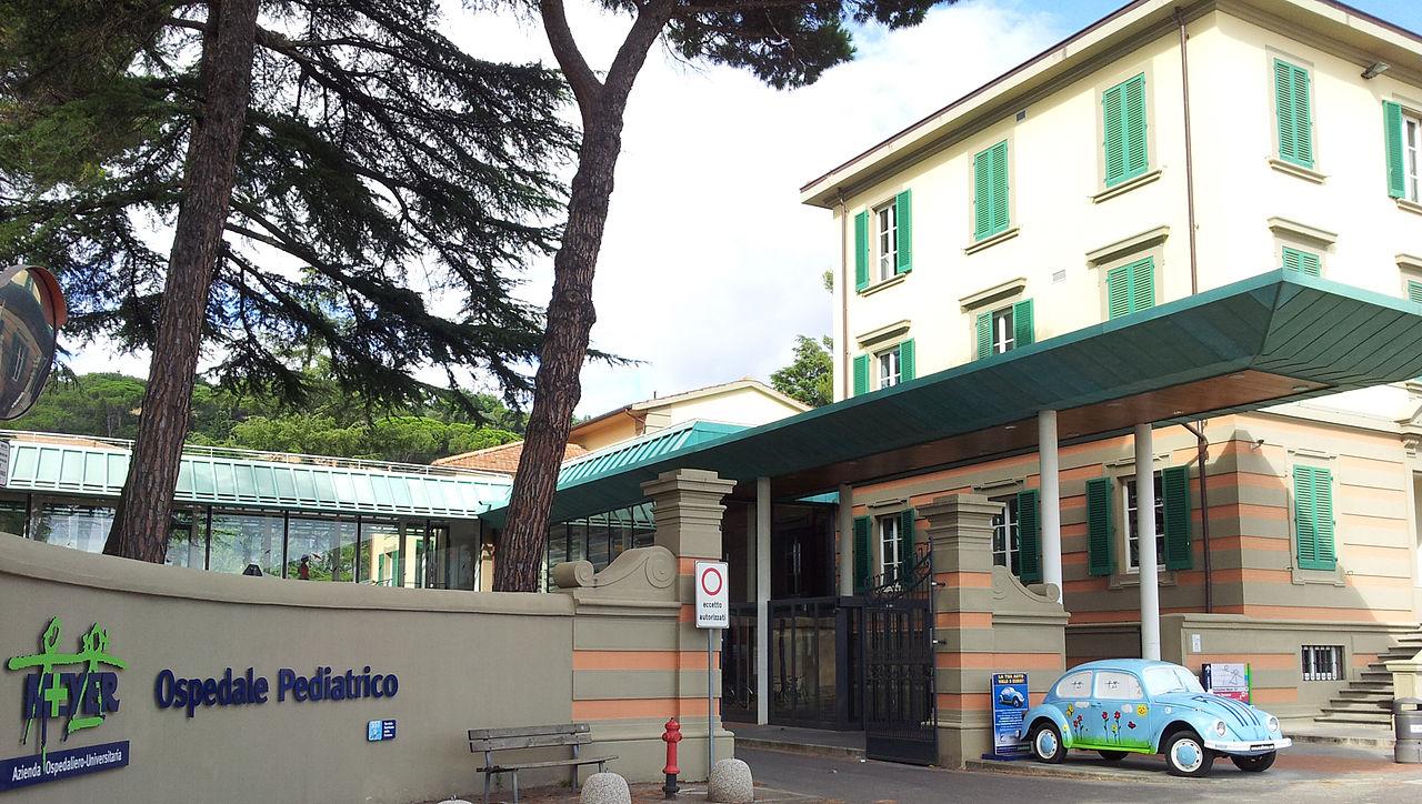 Ingresso dell'Ospedale Pediatrico Meyer di Firenze